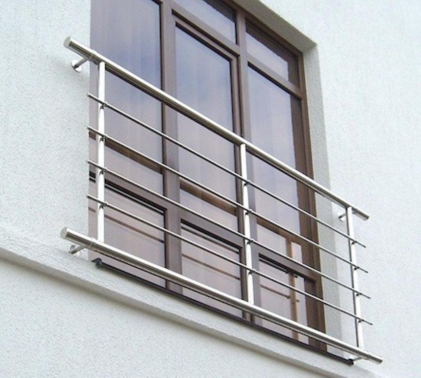 Заказать ограждения для балконов из нержавеющей стали в харь.